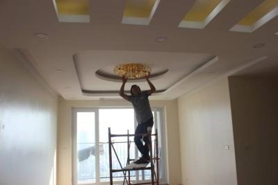 Lắp đặt hệ thống đèn trang trí căn hộ 130m2