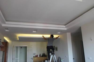 Căn hộ 120m2 3 phòng ngủ 1 phòng khách lắp đèn hắt âm trần thạch cao hết 1,2 triệu